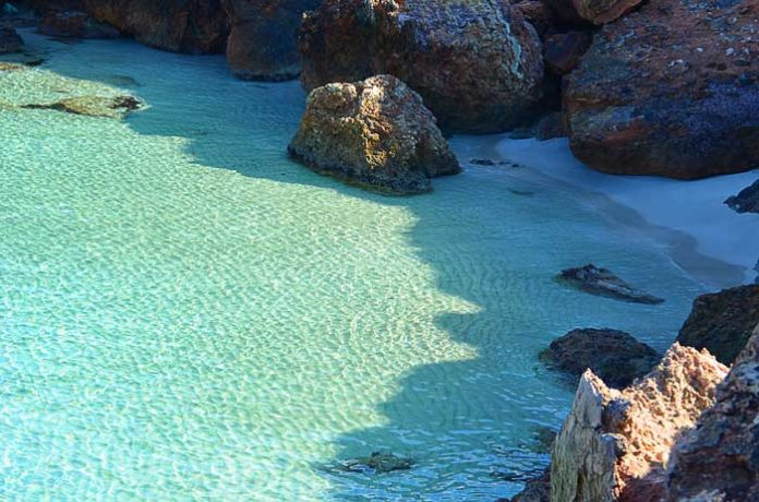 Cheap Flights - Ibiza Beach Guide