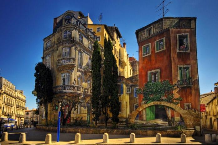 Montpellier Murals on Cheap Flights